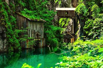 Cascada 7 Izvoare – Excursie de o zi la Izvorul sacru al dacilor