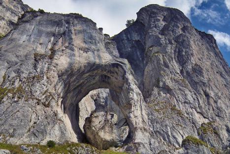 Cerdacul Stanciului – Poarta de intrare în lumea haiducilor din Piatra Craiului